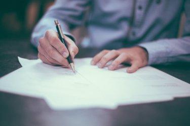 【署名ドットコム】自分だけのサインは一生物【ビジネスマン必須】